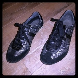 💝Coach 💝 gym shoes size 7.5